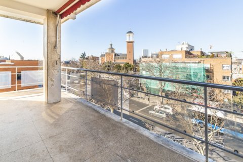 Apartment for sale in Madrid, Spain, 4 bedrooms, 251.00m2, No. 2527 – photo 19