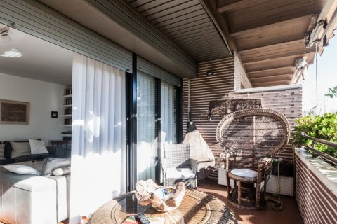 Apartment for rent in Madrid, Spain, 4 bedrooms, 254.00m2, No. 2562 – photo 12