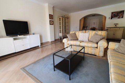 Apartment for rent in Marbella, Malaga, Spain, 2 bedrooms, 190.00m2, No. 2653 – photo 2