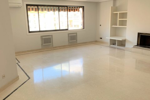 Apartment for rent in Madrid, Spain, 4 bedrooms, 180.00m2, No. 1843 – photo 5