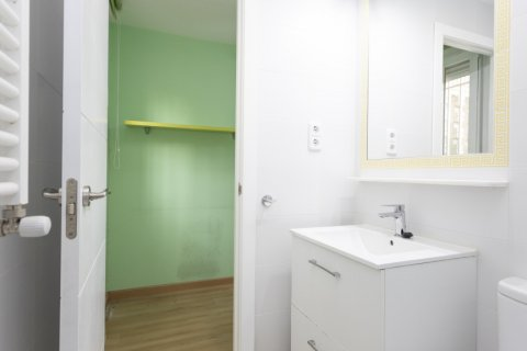 Apartment for sale in Madrid, Spain, 2 bedrooms, 64.00m2, No. 2641 – photo 25