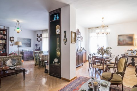 Apartment for sale in Madrid, Spain, 6 bedrooms, 291.00m2, No. 2275 – photo 7