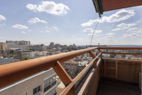 Apartment for sale in Madrid, Spain, 3 bedrooms, 245.00m2, No. 2666 – photo 8