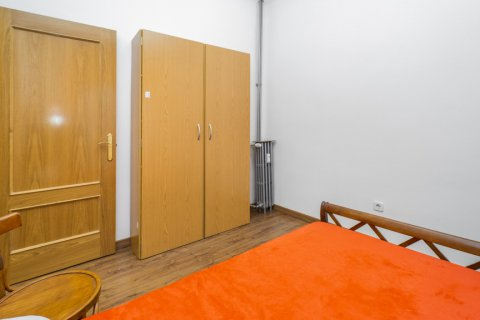 Apartment for sale in Madrid, Spain, 3 bedrooms, 88.00m2, No. 2453 – photo 18