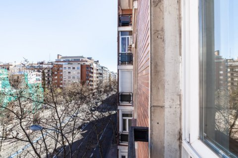 Apartment for rent in Madrid, Spain, 2 bedrooms, 120.00m2, No. 1464 – photo 26