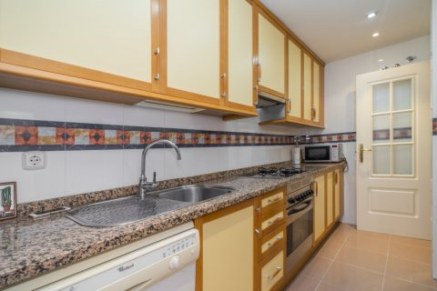 Apartment for sale in Madrid, Spain, 3 bedrooms, 122.00m2, No. 2678 – photo 8