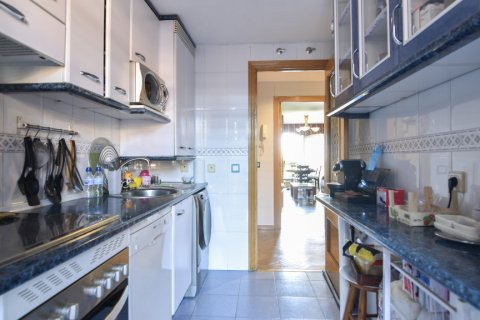 Apartment for sale in Madrid, Spain, 3 bedrooms, 98.00m2, No. 1682 – photo 25