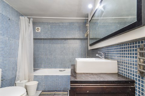 Apartment for sale in Madrid, Spain, 4 bedrooms, 160.00m2, No. 1471 – photo 8