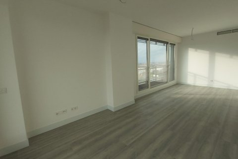 Apartment for rent in Madrid, Spain, 3 bedrooms, 155.00m2, No. 2601 – photo 3