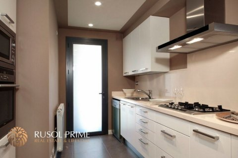 Apartment for sale in Barcelona, Spain, 1 bedroom, 60m2, No. 8703 – photo 5