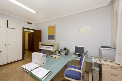 Apartment for sale in Madrid, Spain, 4 bedrooms, 206.00m2, No. 2284 – photo 18