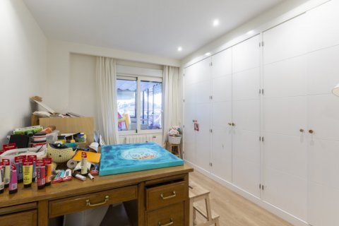 Apartment for sale in Madrid, Spain, 4 bedrooms, 330.00m2, No. 2353 – photo 20