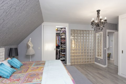 Apartment for sale in Parla, Madrid, Spain, 3 bedrooms, 133.00m2, No. 2615 – photo 21