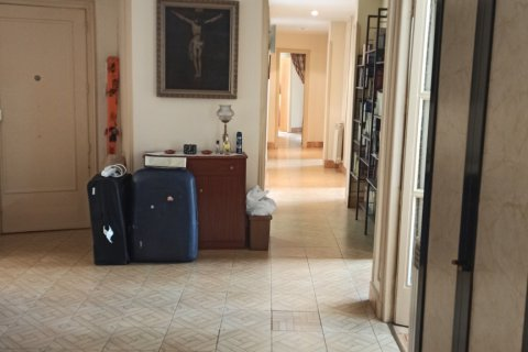 Apartment for rent in Madrid, Spain, 12 bedrooms, 400.00m2, No. 2350 – photo 27