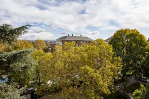 Apartment for sale in Madrid, Spain, 3 bedrooms, 227.00m2, No. 1943 – photo 28