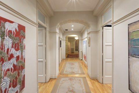 Apartment for sale in Madrid, Spain, 5 bedrooms, 377.00m2, No. 2003 – photo 2
