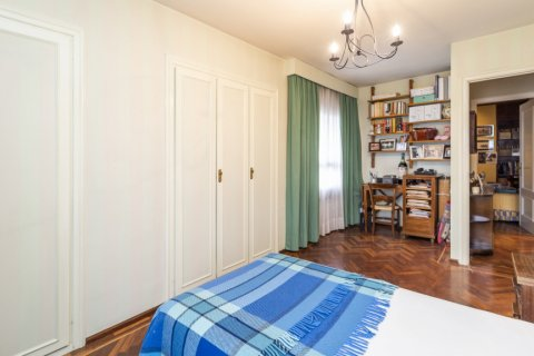Apartment for sale in Madrid, Spain, 4 bedrooms, 189.00m2, No. 2370 – photo 15