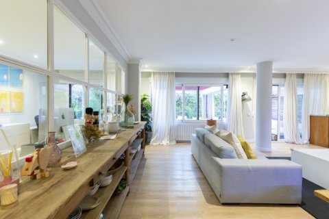 Apartment for sale in Madrid, Spain, 4 bedrooms, 330.00m2, No. 2353 – photo 6