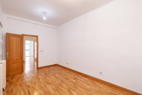 Apartment for rent in Madrid, Spain, 2 bedrooms, 120.00m2, No. 1464 – photo 20