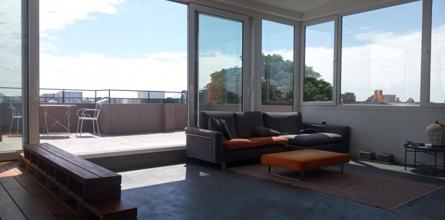 Penthouse in Madrid, Spain 1 bedroom, 125.00 sq.m. No. 2139