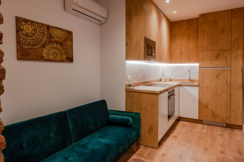 Apartment for sale in Madrid, Spain, 2 bedrooms, 50.00m2, No. 2155 – photo 1