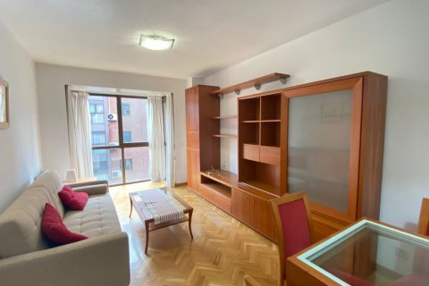 Apartment for rent in Madrid, Spain, 2 bedrooms, 72.00m2, No. 1685 – photo 4