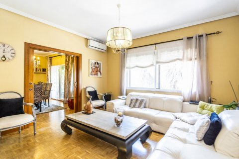 Apartment for sale in Madrid, Spain, 5 bedrooms, 232.00m2, No. 2190 – photo 4