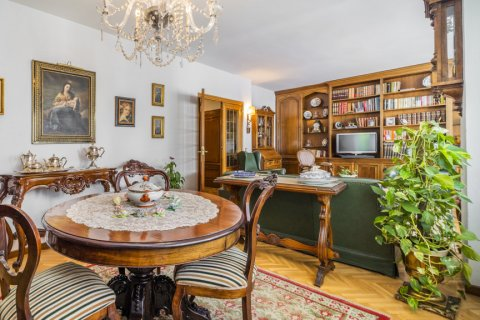 Apartment for sale in Madrid, Spain, 5 bedrooms, 181.00m2, No. 2706 – photo 6