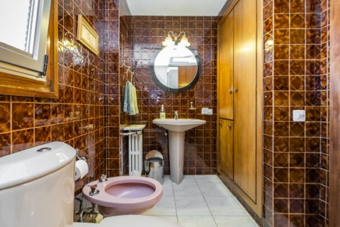 Apartment for sale in Madrid, Spain, 6 bedrooms, 414.00m2, No. 2470 – photo 28