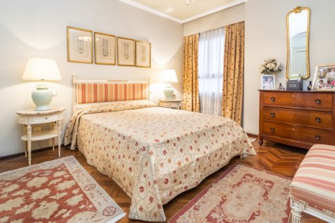Apartment for sale in Madrid, Spain, 4 bedrooms, 189.00m2, No. 2370 – photo 24