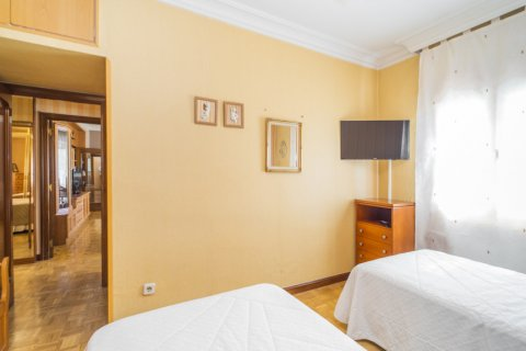 Apartment for sale in Madrid, Spain, 3 bedrooms, 78.00m2, No. 2688 – photo 18