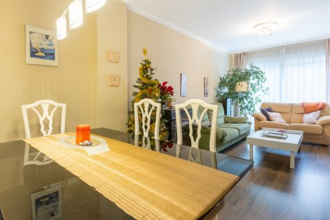 Apartment for sale in Madrid, Spain, 3 bedrooms, 121.00m2, No. 2521 – photo 8