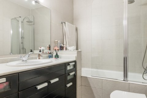 Apartment for sale in Madrid, Spain, 2 bedrooms, 68.00m2, No. 2384 – photo 9