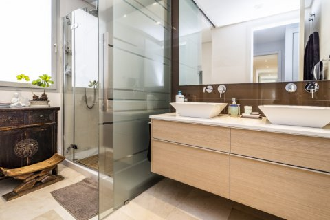 Penthouse for sale in Madrid, Spain, 3 bedrooms, 183.00m2, No. 2215 – photo 22