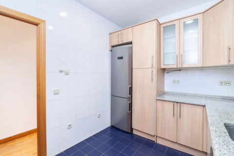 Apartment for rent in Madrid, Spain, 2 bedrooms, 120.00m2, No. 1464 – photo 11