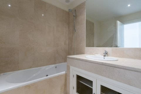 Apartment for sale in Manilva, Malaga, Spain, 2 bedrooms, 106.57m2, No. 1706 – photo 11