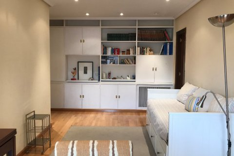 Apartment for sale in Madrid, Spain, 1 bedroom, 90.00m2, No. 2656 – photo 1