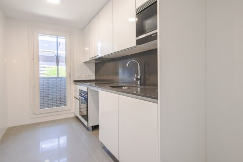 Apartment for rent in Madrid, Spain, 2 bedrooms, 95.00m2, No. 2716 – photo 7