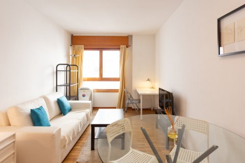 Apartment for sale in Madrid, Spain, 1 bedroom, 50.00m2, No. 2452 – photo 2