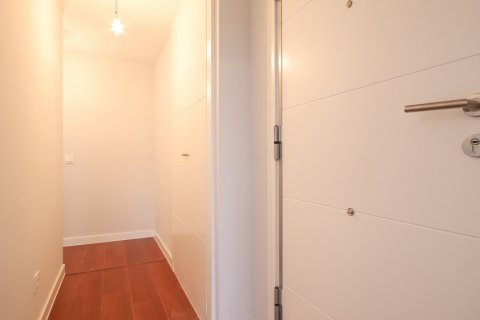Apartment for rent in Madrid, Spain, 2 bedrooms, 95.00m2, No. 2716 – photo 5