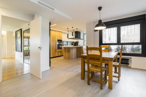 Apartment for sale in Alcobendas, Madrid, Spain, 5 bedrooms, 474.00m2, No. 2566 – photo 13