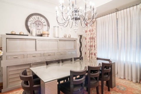 Apartment for sale in Madrid, Spain, 5 bedrooms, 384.00m2, No. 2372 – photo 11