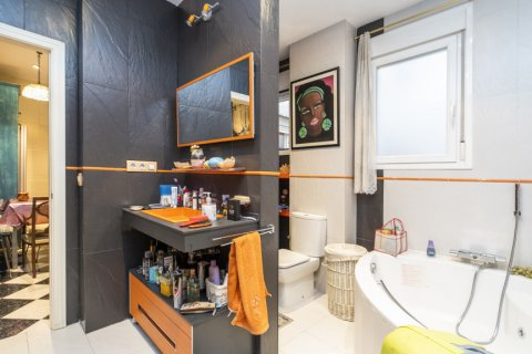 Apartment for sale in Madrid, Spain, 3 bedrooms, 166.00m2, No. 2286 – photo 13
