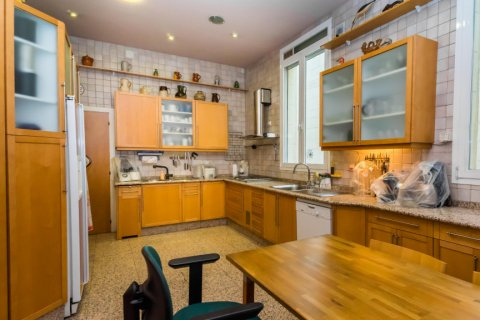 Apartment for sale in Madrid, Spain, 4 bedrooms, 426.00m2, No. 1733 – photo 17