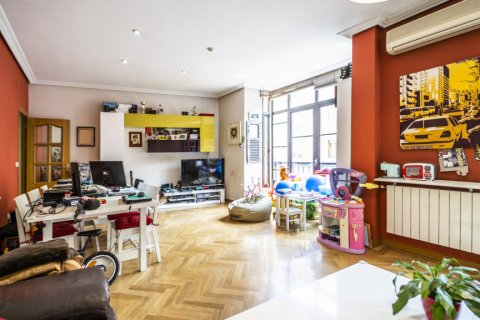 Apartment for sale in Madrid, Spain, 3 bedrooms, 132.00m2, No. 1868 – photo 9