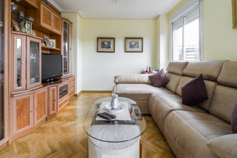 Apartment for sale in Madrid, Spain, 3 bedrooms, 102.43m2, No. 2471 – photo 12