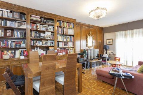 Apartment for sale in Madrid, Spain, 3 bedrooms, 245.00m2, No. 2666 – photo 2