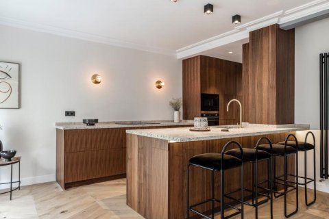 Apartment for sale in Madrid, Spain, 3 bedrooms, 140.00m2, No. 2095 – photo 12