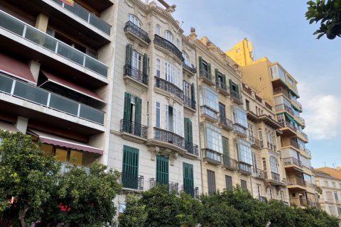 Apartment for sale in Malaga, Spain, 3 bedrooms, 135.00m2, No. 2285 – photo 5