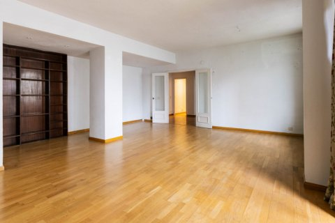 Apartment for sale in Madrid, Spain, 3 bedrooms, 168.00m2, No. 2301 – photo 4